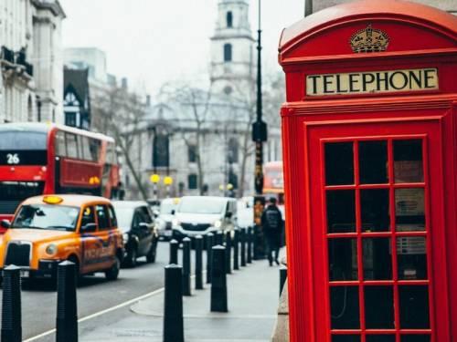 INTERCÂMBIO - Grupo One Life explora pontos turísticos europeus